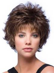 trending short layered haircuts