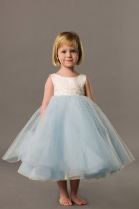 16 CUTE LITTLE FLOWER GIRL DRESSES - Godfather Style