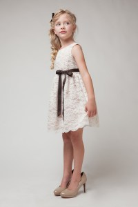 16 CUTE LITTLE FLOWER GIRL DRESSES