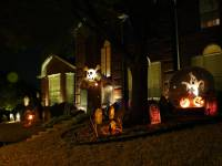 SPOOKY OUTDOOR DECORATIONS FOR THE HALLOWEEN NIGHT ...
