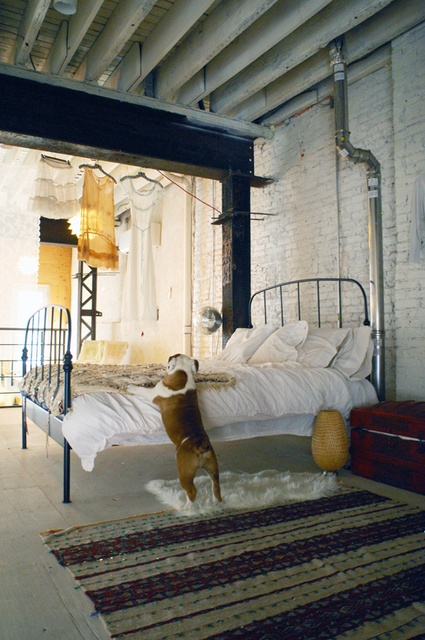 27 MODERN INDUSTRIAL BEDROOM DESIGN INSPIRATIONS