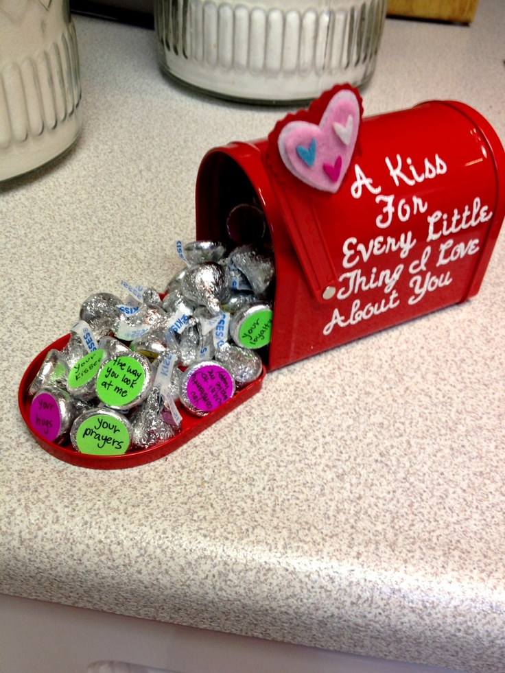 22 Harmless Gifts That Won t Freak Out Your New Boyfriend