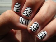 animal print nail art design