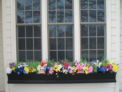 18 ELEGANT EASTER WINDOW DECORATING IDEAS.....