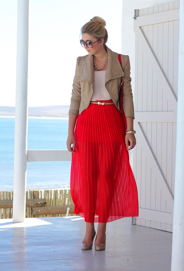 55 STUNNING PLEATED SKIRTS FOR THE FASHION DIVAS  Godfather Style