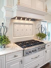 21 Spotless White Traditional Kitchen Designs