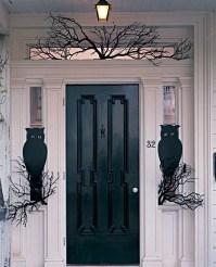28 SPOOKY FRONT DOOR HALLOWEEN DECORATION INSPIRATIONS ...