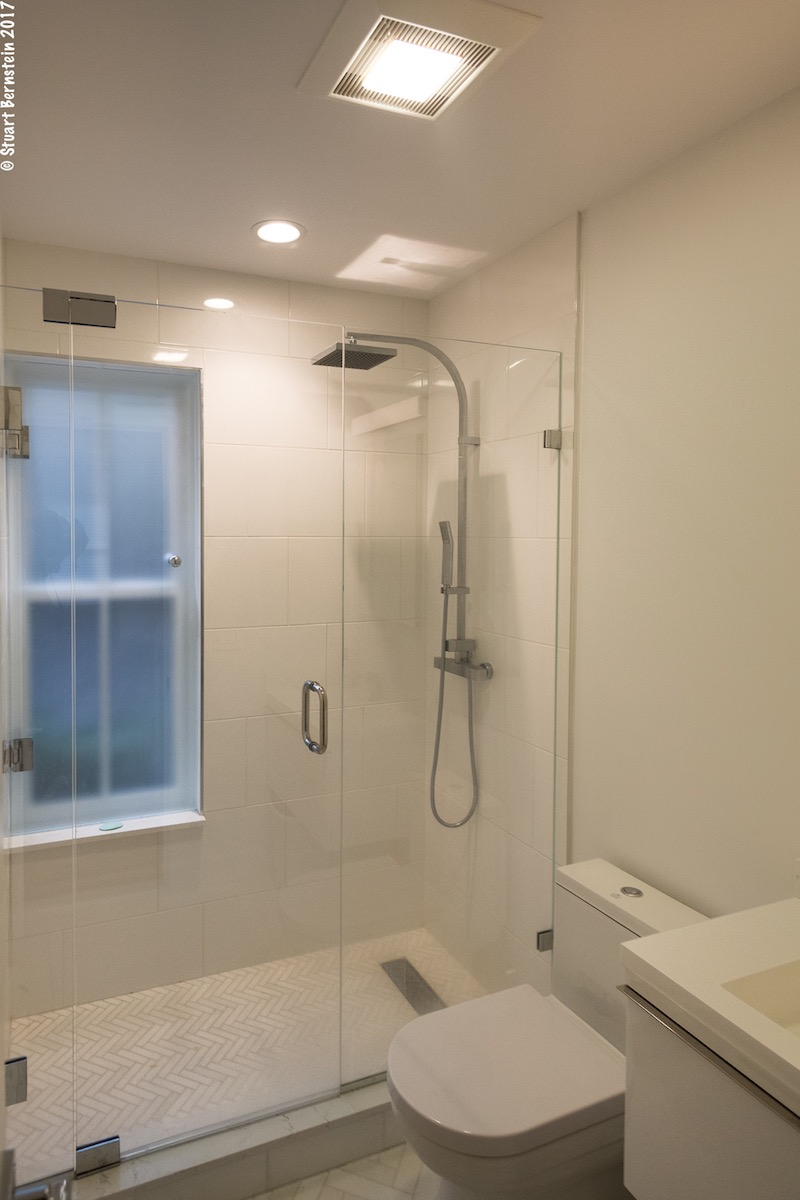 A Guide To Luxury Shower Bath Features