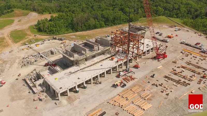 Construction of the ark's concrete shell