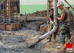 working-1025325_1280