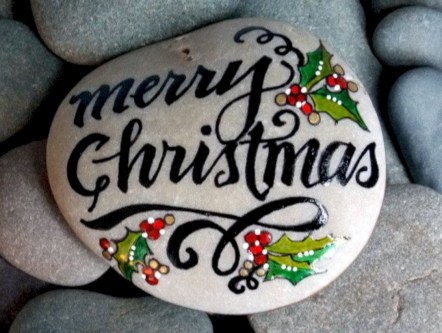 Beautiful christmas rock painting ideas (16)