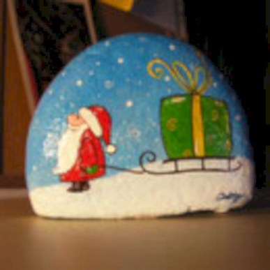 Beautiful christmas rock painting ideas (3)