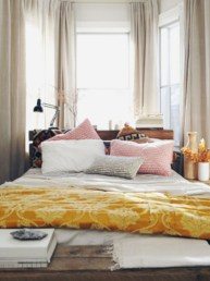 Cozy, rich and earthy bedroom tone (15)