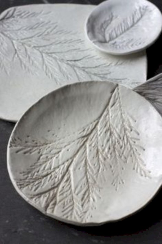 Creative diy dishes made from clay leaves 35