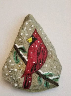 Diy cristmas painted rock design 02