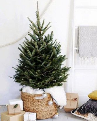 Diy decorating scandinavian christmas 26