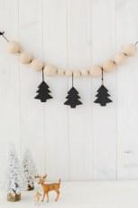 Diy decorating scandinavian christmas 28