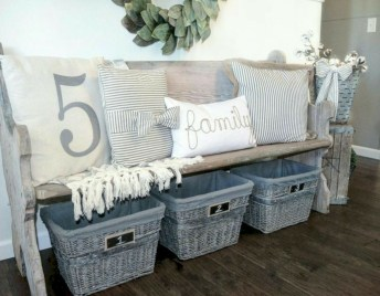 Diy farmhouse entryway inspiration 14