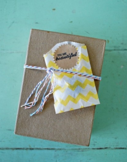Diy small gift bags using washi tape (15)