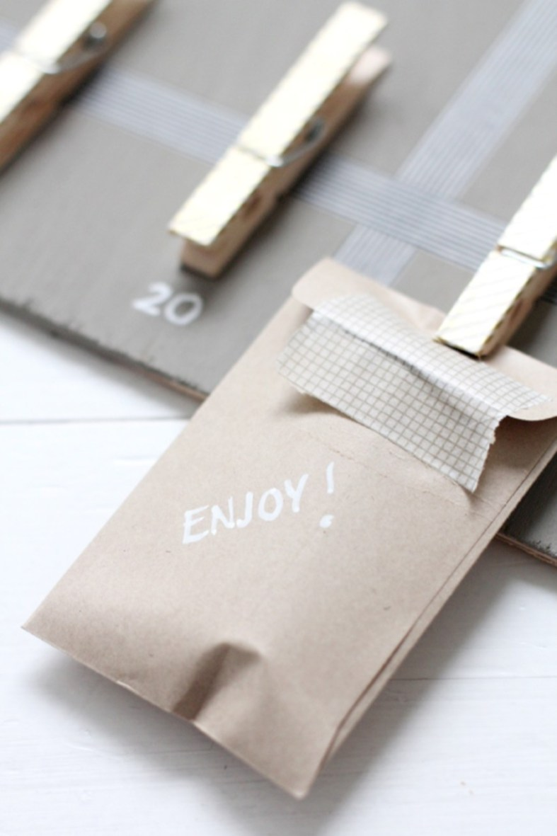 Diy small gift bags using washi tape (8)