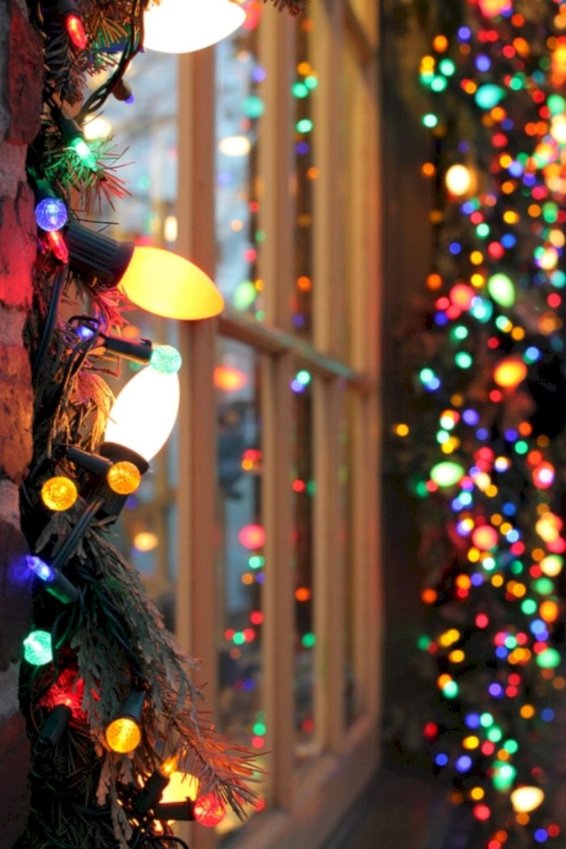 Fairy lights ideas for holiday decorating (8)