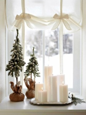 Ideas to decorate your space with candles for christmas 07