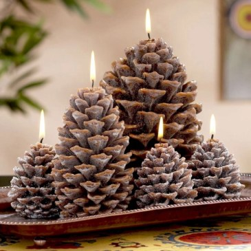 Ideas to decorate your space with candles for christmas 16