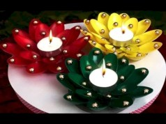Ideas to decorate your space with candles for christmas 30