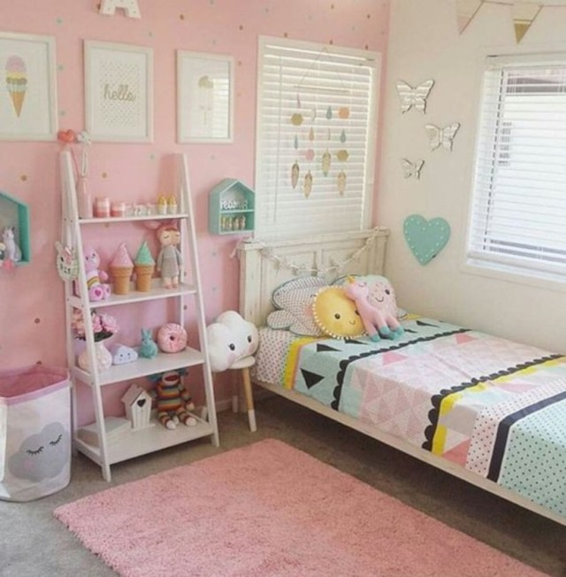 15 Ideas To Make A Small Room Look Bigger: 15 Crazy Ideas To Make Your Small Bedroom Looks Spacious