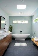 Small bathroom with bathtub ideas 19