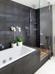 Small bathroom with bathtub ideas 22