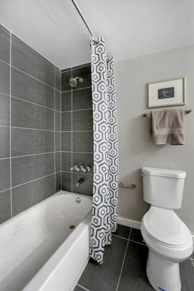 Small bathroom with bathtub ideas 45