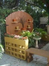 Ways to decorate your garden using cinder blocks 08