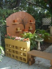 Ways to decorate your garden using cinder blocks 08