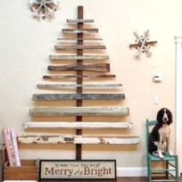 Ways to make your own christmas tree from pallet wood 11