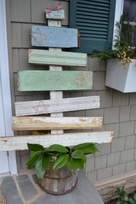 Ways to make your own christmas tree from pallet wood 16