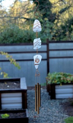 Beautiful beaded wind chime to add sparkle to the garden 21