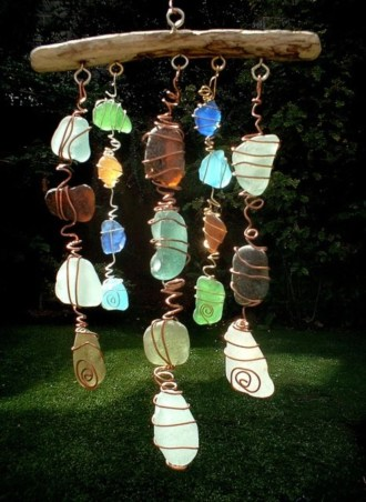Beautiful beaded wind chime to add sparkle to the garden 46
