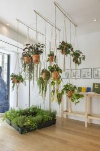 41 DIY Indoor Hanging Planters - GODIYGO.COM