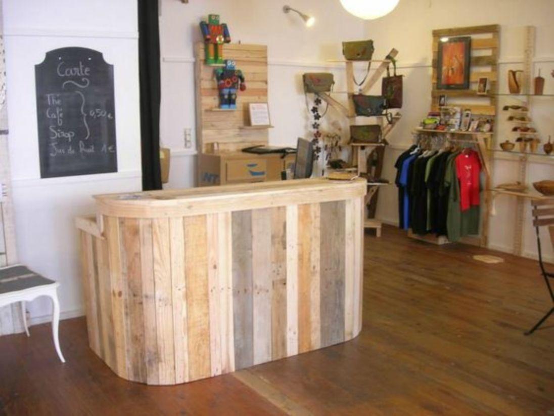 DIY pallet bar project for furniture