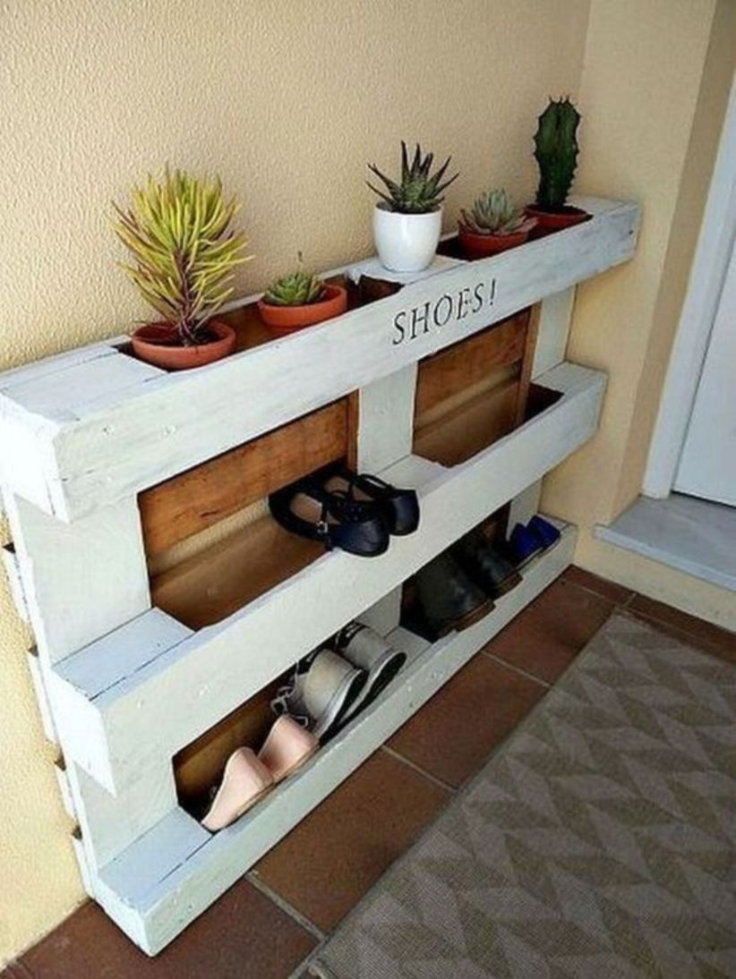 Diy pallet furniture project ideas for shoes storage