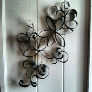 Diy paper roll wall art to beautify your home 38