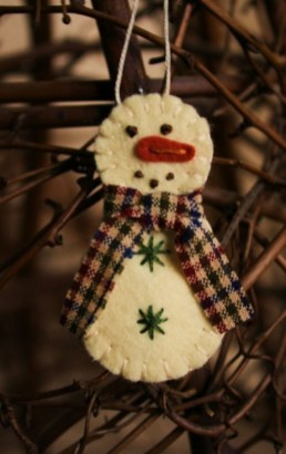 Diy snowman ornament for christmas 42