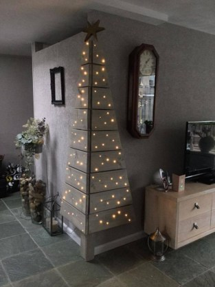 Diy wall christmas tree to save your space 08