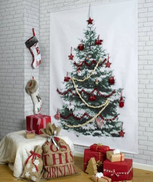Diy wall christmas tree to save your space 19