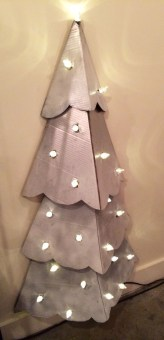 Diy wall christmas tree to save your space 20