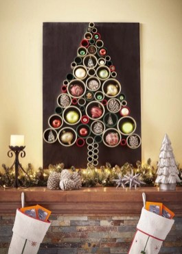 Diy wall christmas tree to save your space 25
