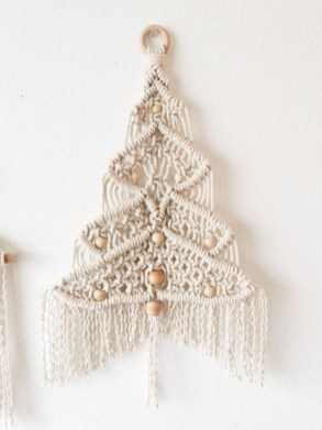 Diy wall christmas tree to save your space 27