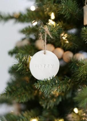 Easy but beautiful diy christmas ornaments 09