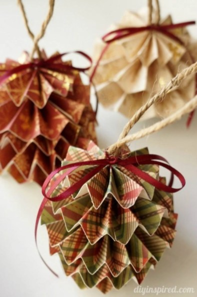 Easy but beautiful diy christmas ornaments 24